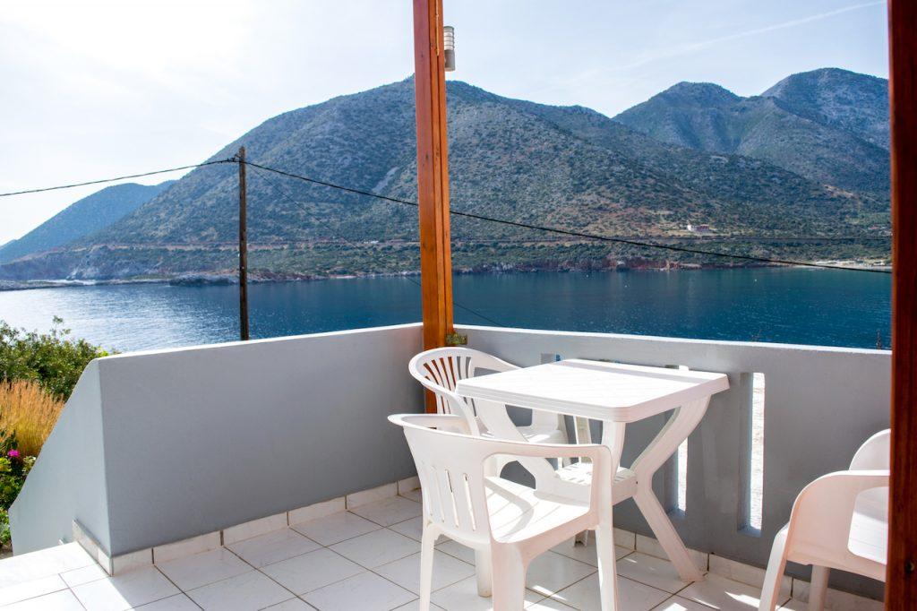 Split-level apartment sea-view balcony