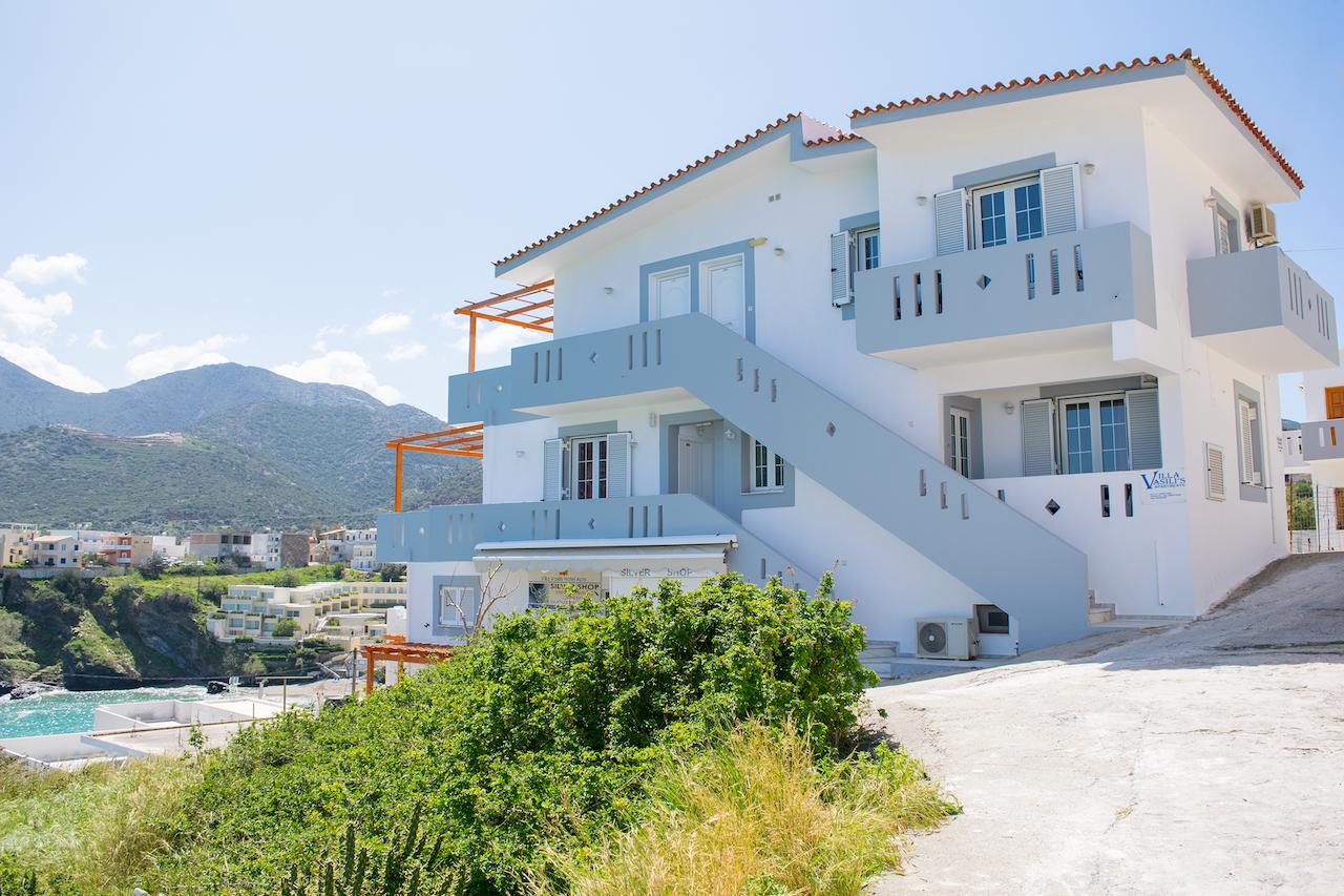 Villa-vasilis exterior